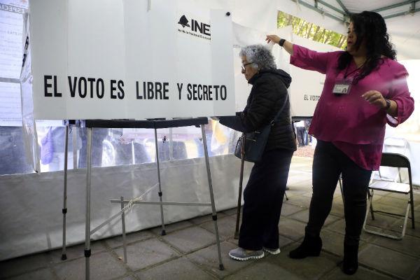 Este fin de semana vence el plazo para conformar alianzas de cara a los comicios extraordinarios en Puebla. FOTO: CUARTOSCURO