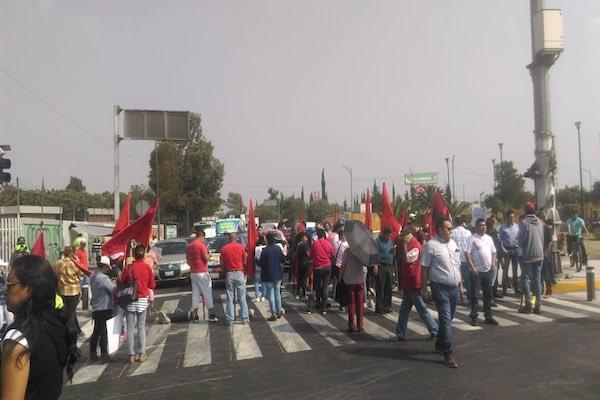El bloqueo está a la altura del Eje 5 Sur, en la colonia Chimalistac de Juárez. Foto: @JerrxG13