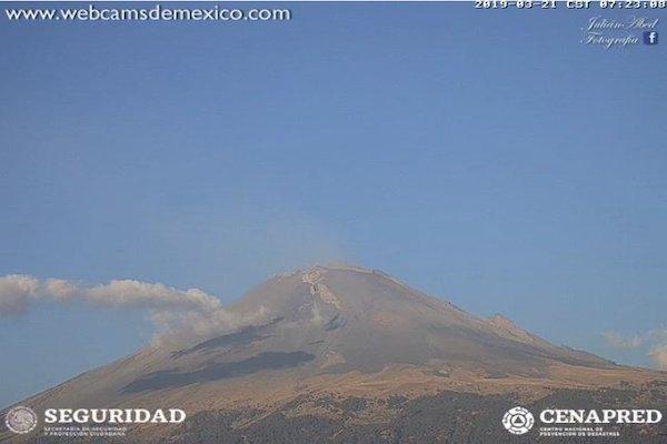 El semáforo de alerta volcánica permanece en Amarillo Fase 2. Foto: @webcamsdemexico