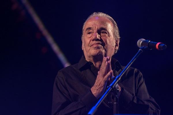 Óscar Chávez, durante su presentación en el 20 Festival Iberoamericano de Cultura Musical, mejor conocido como