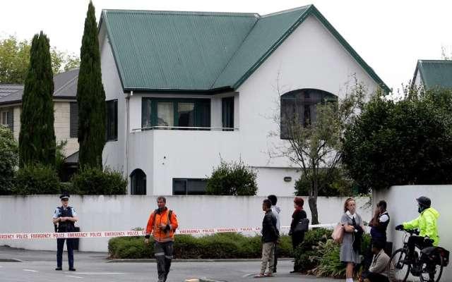Autoridades neozelandesaselevaron la alerta al máximo nivel yrecomendaron a los habitantes permanecer en sus casas.Foto: AFP