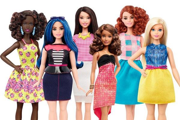 Barbie fomentó la diversidad y la inclusión con más de 100 muñecas con distintos tonos de piel. Foto: Especial