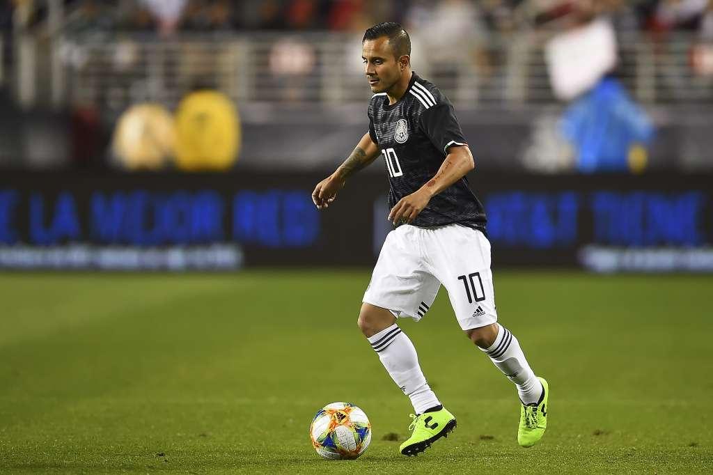 El Chapito Montes anota el cuarto gol de México ante Paraguay. FOTO: MEXSPORT