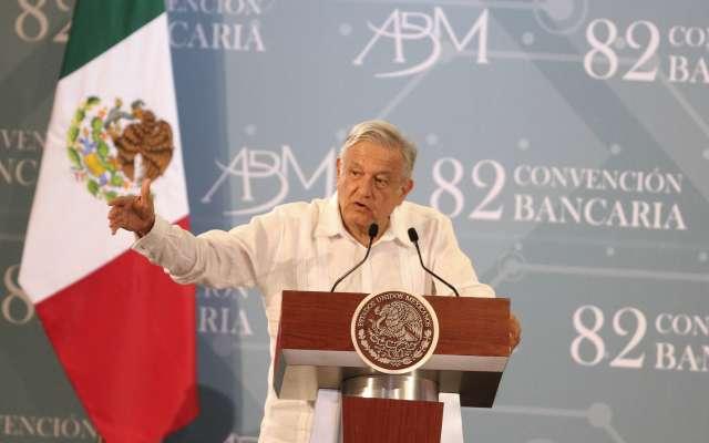 El presidente clausuró la 82 Convención Bancaria. FOTO: NOTIMEX