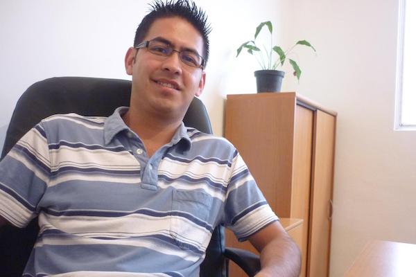 El sociólogo protestó en varias ocasiones en eventos de los exgobernadores Javier Duarte y Miguel Ángel Yunes. Foto: Especial