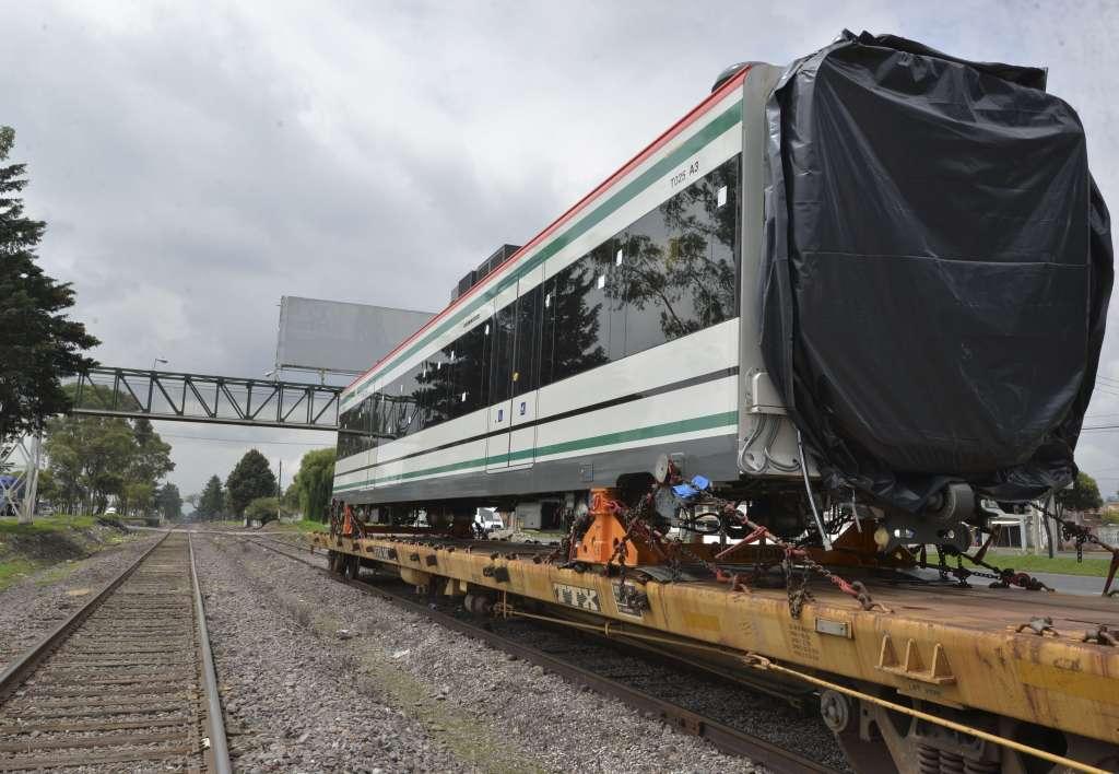 Las obras del Tren Interurbano llevan un avance de 85 por ciento. Foto: Cuartoscuro