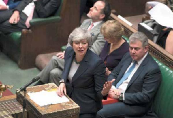 La salida del Reino Unido de la UE podría retrasarse.  FOTO: AP
