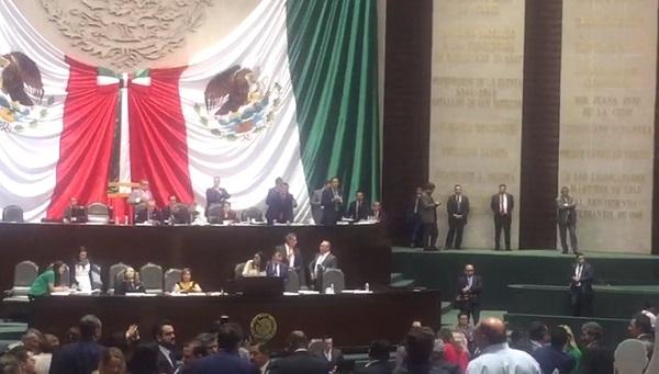 Mario Delgado Carrillo aseguró que hoy se reforma la Constitución para darle más poder al pueblo. Foto: Especial