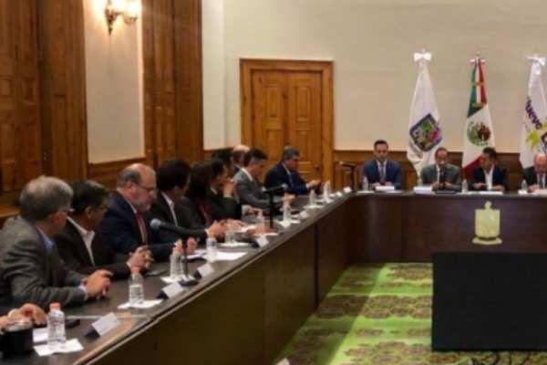 El nuevo miembro tiene la enmienda de desarrollar políticas públicas que beneficien a México. Foto: Notimex