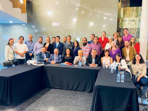 Actores aglutinados en la Sociedad Mexicana de Productores de Teatro manifestaron sus quejas.FOTO: ESPECIAL