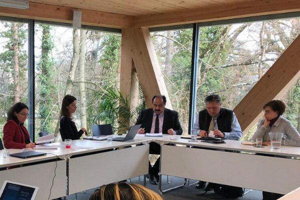 Fue presentada en sendas reuniones ante la Unión Europea con la representación especial para los Derechos Humanos en Bruselas, Bélgica