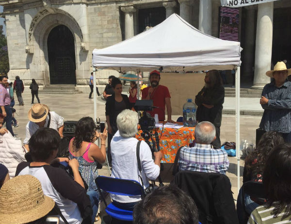 MANIFESTACIÓN El colectivo presentó su manifiesto en la explanada del Palacio de Bellas Artes. Foto: @MOCCAMEXICO