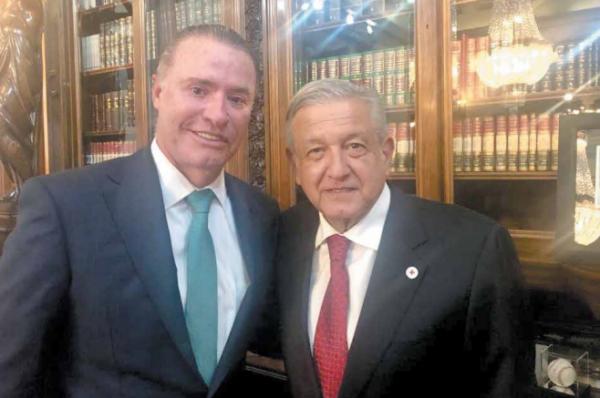 Quirino Ordaz y Andrés Manuel López Obrador se reunieron ayer.FOTO: ESPECIAL