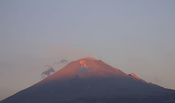 Protección Civil subrayó que continúa la restricción de acceso al volcán. FOTO: Tomada de @PC_Estatal