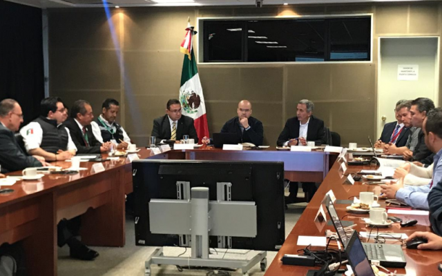 El titular de la CNPC, David León Romero, reconoció la disposición de las autoridades de cada uno de los estados. FOTO. @CNPC_MX
