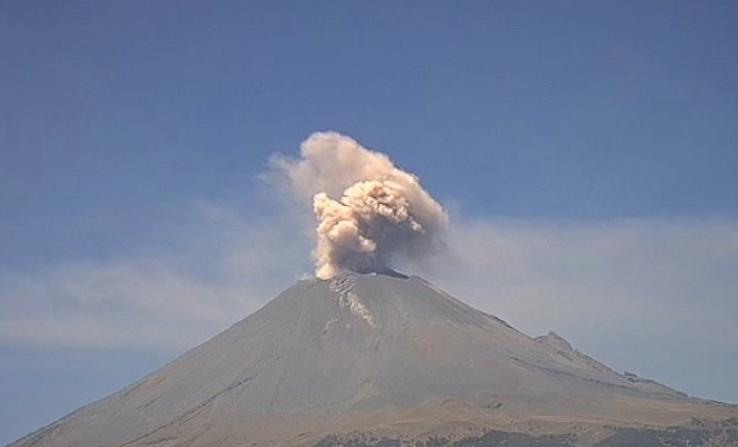 Así se ve la explosión del volcán Popocatépetl desde el espacio