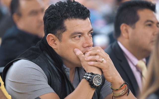 Figueroa ha sido arropado por sus leales en distintos momentos de su polémica trayectoria política.FOTO: LESLIE PÉREZ
