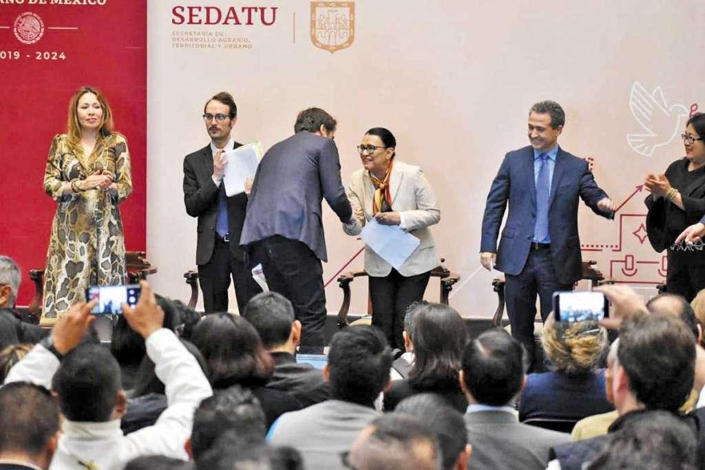 Autoridades capitalinas y del Edomex participan en la confección de la ley. FOTO: ESPECIAL
