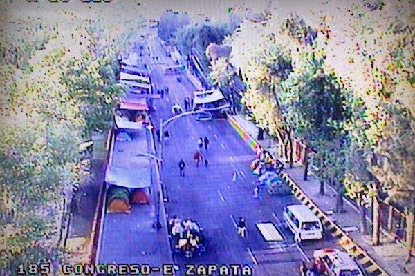 Para evitar el tráfico afuera de la Cámara de Diputados, la alternativa es circular por Eduardo Molina. Foto: @OVIALCDMX