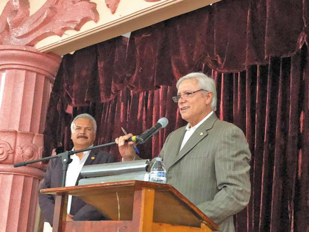 Jaime Bonilla espera la confirmación del partido para ir por la gubernatura de Baja California. FOTO:ESPECIAL