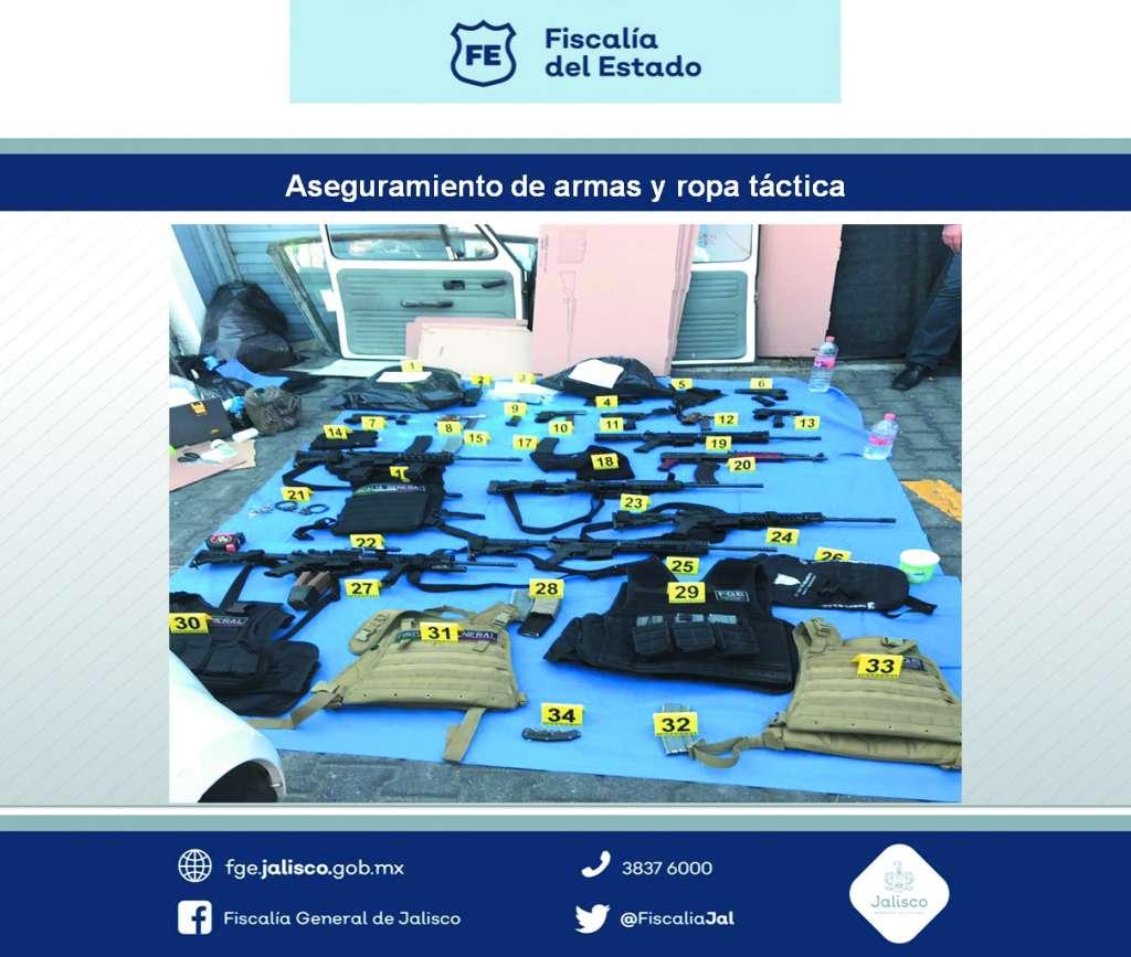 Decomiso reciente de armas y chalecos tácticos a grupo delictivo, en Guadalajara.FOTO: ESPECIAL