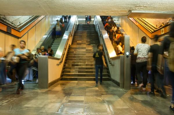 Escaleras_Metro