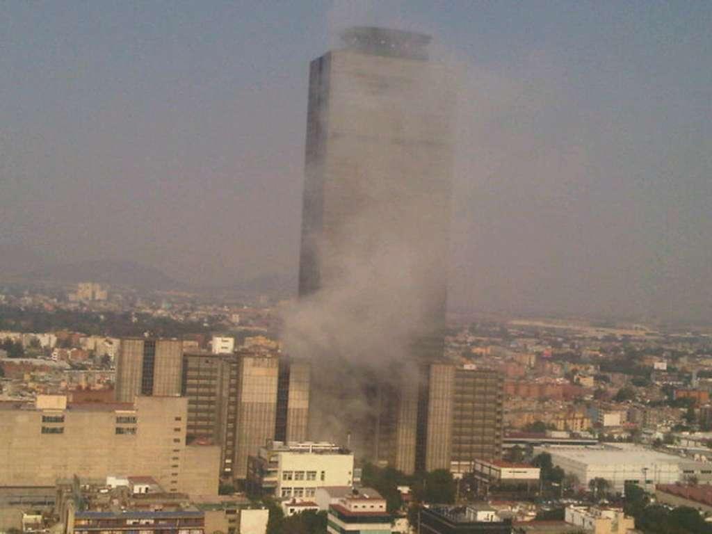 Explosión en Torre Pemex