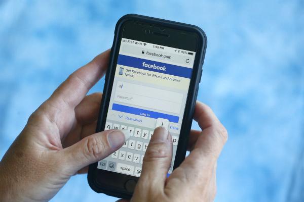 Facebook cuenta con una base de usuarios de 2.700 millones en todo el mundo