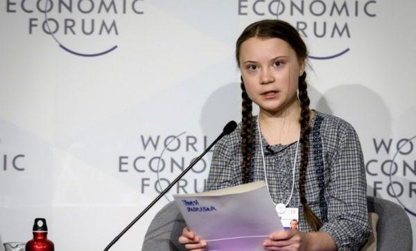 Thunberg empezó el verano pasado a hacer huelga cada viernes y a protestar delante del Parlamento sueco para reclamar medidas más efectivas contra el cambio climático. FOTO: ESPECIAL