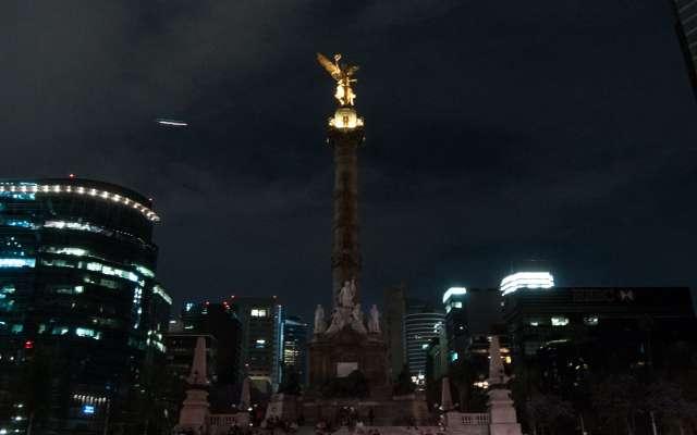 El Ángel de la Independencia es uno de los monumentos que apagará su luz. FOTO: ARCHIVO/CUARTOSCURO