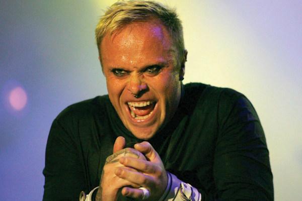 El músico había regresado al Reino Unido de una gira por Australia y en mayo tenía previsto un tour por E.U