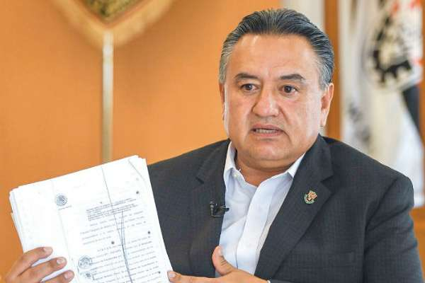 Calderón disfrazó a militares de federales para tomar el control de las instalaciones de Luz y Fuerza del Centro. Foto: Víctor Gahbler