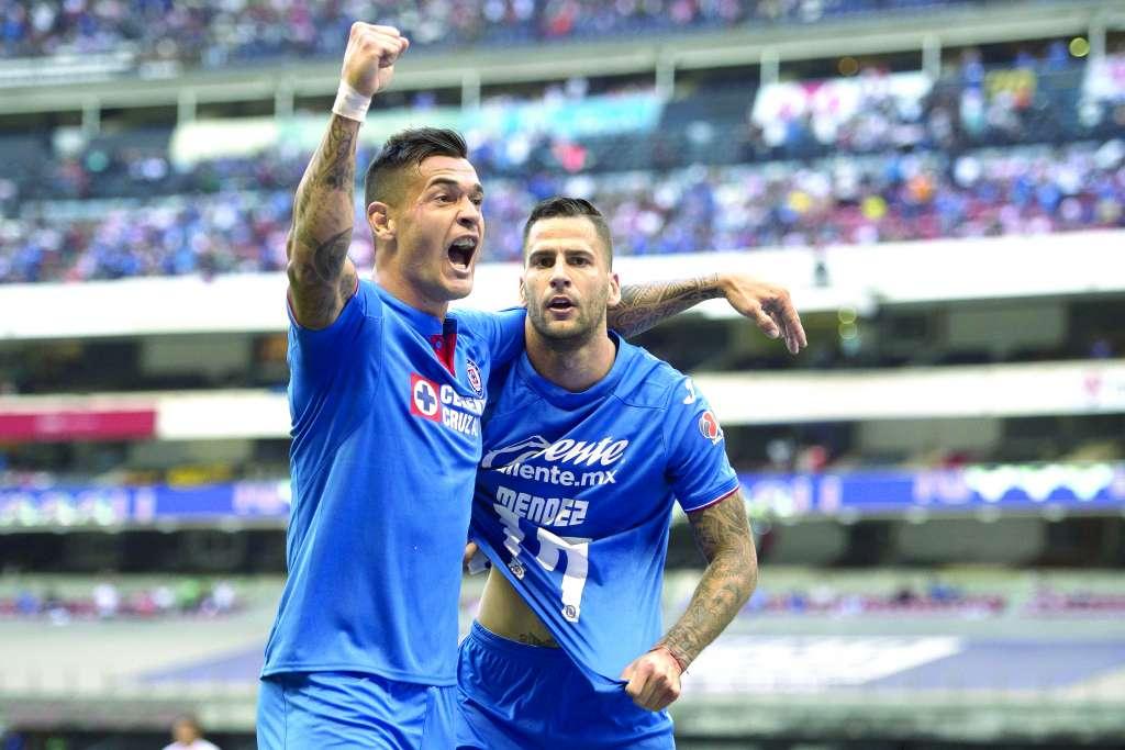 REMONTADA. Caraglio y Méndez despertaron en el ataque Foto: MEXSPORT