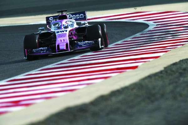 Sergio Pérez no calificó a la Q3 y saldrá retrasado en búsqueda de puntos. Foto: Especial