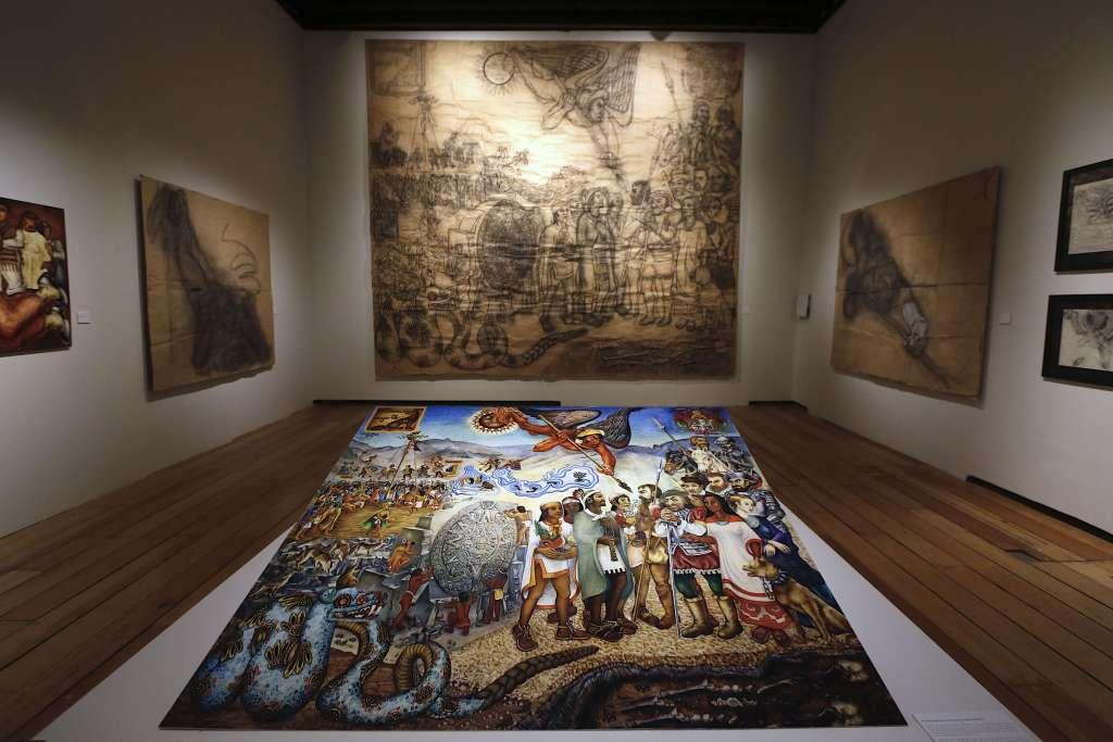 ACERVO. Las piezas son de las colecciones de sus nietos, y de su amigo Roberto López Moreno. Foto: Cortesía