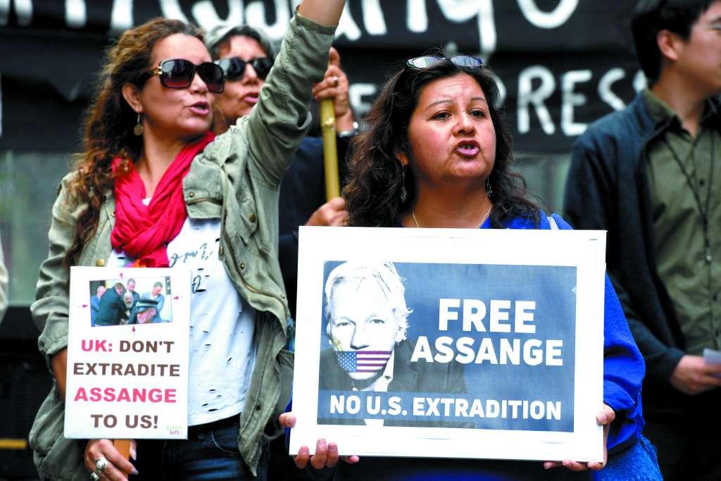 BATALLA. Assange enfrenta una posible extradición a EU, por revelar documentos. Foto: EFE