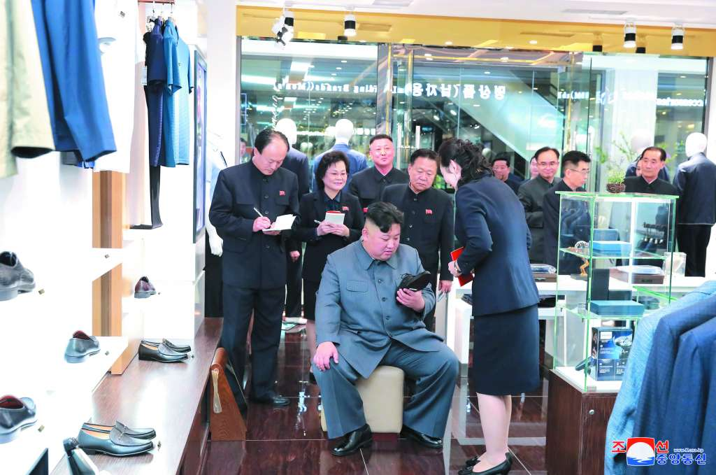 EXHORTO. Kim Jong-Un pidió a EU ser más flexible y tener una buena actitud. Foto: REUTERS