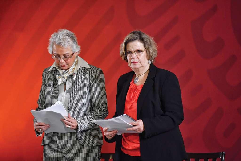 Olga Sánchez y Nadine Gasman anunciaron ayer las nuevas políticas. FOTO: EDGAR LÓPEZ