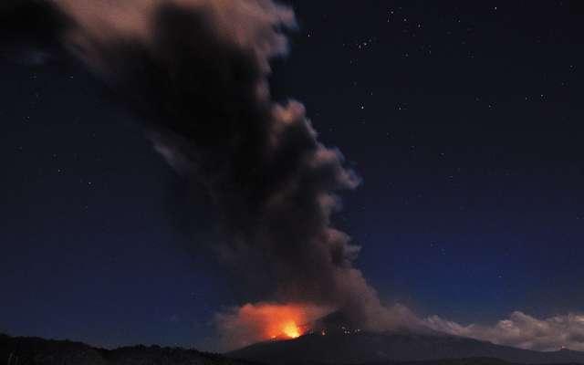 Estruendo por explosión del Popocatépetl generó alerta en poblaciones cercanas