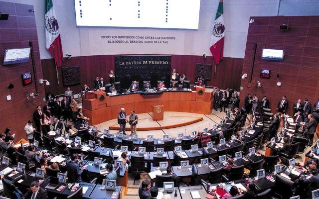 Tras horas de señalamientos y acusaciones, los legisladores llegaron a un acuerdo.FOTO: ESPECIAL
