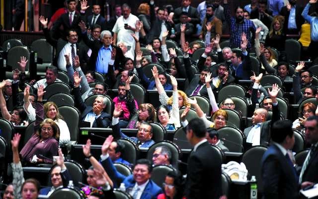 El predictamen de la Reforma educativa se presentó en el Pleno, el 14 de marzo.FOTO: PABO SALAZAR SOLÍS