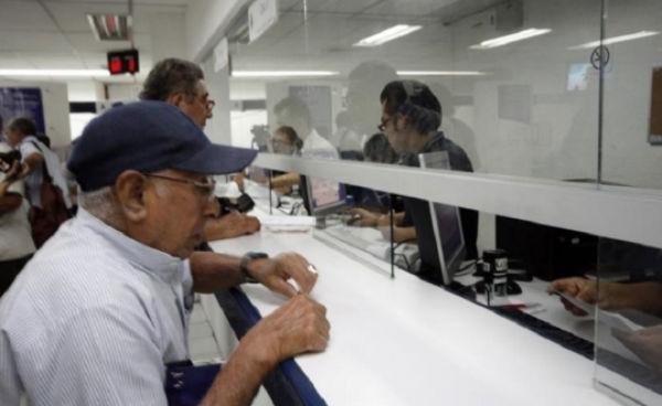 Los hombres tenían condicionado acceder a una pensión por viudez. FOTO: ESPECIAL