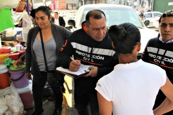 Los ambulantes firmaron cartas compromiso con las cuales pactaron cumplir con la normativa municipal. FOTO:ESPECIAL