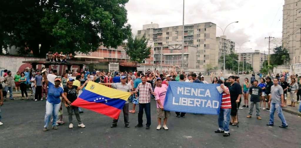 Los manifestantes se concentran en Caracas y otras ciudades venezolanas. Foto: @DavidJViana