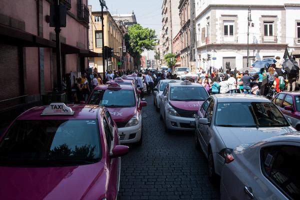 Serían alrededor de 25 mil conductores los que tomarían las calles. Foto: Cuartoscuro