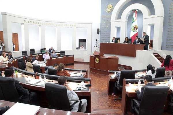 Héctor Mauricio Ramírez,líder del Grupo Parlamentario del PRI dijo que no se está aprobando unareedición de otras instituciones policiales. Foto: Especial