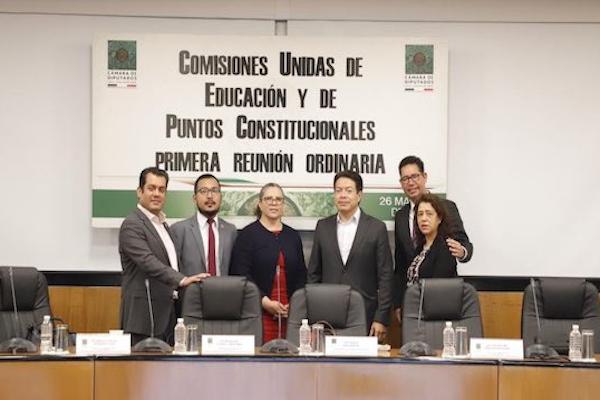 Aún no hay quórum para comenzar la discusión en torno del dictamen de la Reforma Educativa. Foto: @mario_delgado