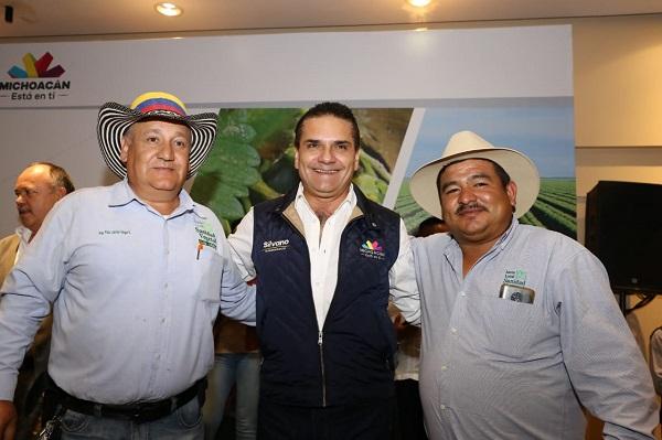 Destacó que en Michoacán existen varios casos de éxito, no solamente para el desarrollo de la agroindustria, sino de la generación de energías limpias. Foto: Especial