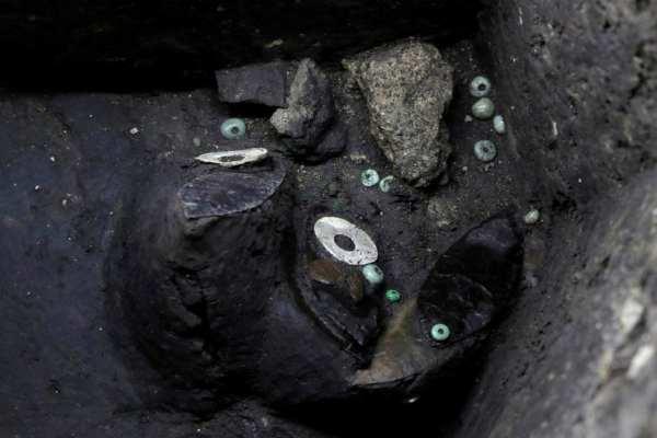 Las ofrendas fueron depositadas por los sacerdotes aztecas hace más de cinco siglos. Foto: Reuters