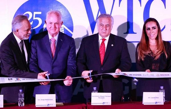 El Secretario de Turismo participó en el aniversario 25 del World Trade Center. Foto: Especial